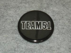 TEAM51の缶バッジ写真